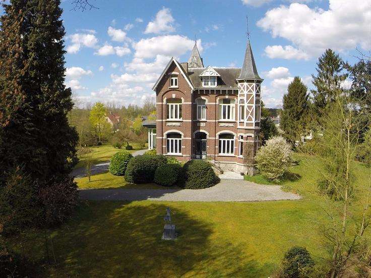 Wonen in een kasteel het kan solvari for Huizen te koop belgie